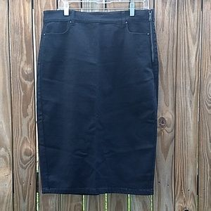Ann Taylor black pencil skirt size 14 NWOT
